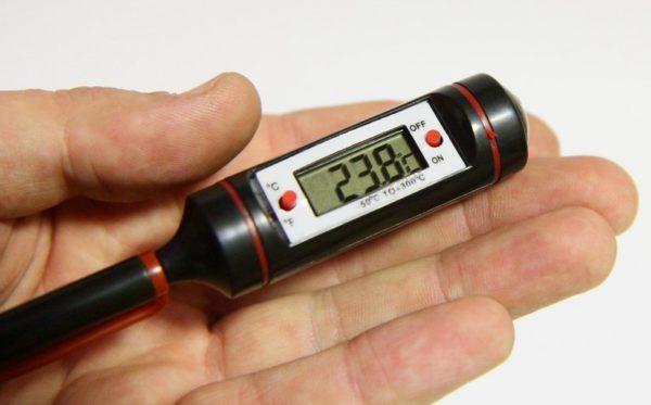 Термометр цифровой с щупом ТМ-4